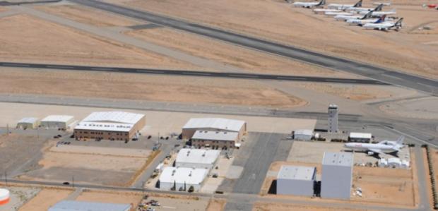 Hangars2